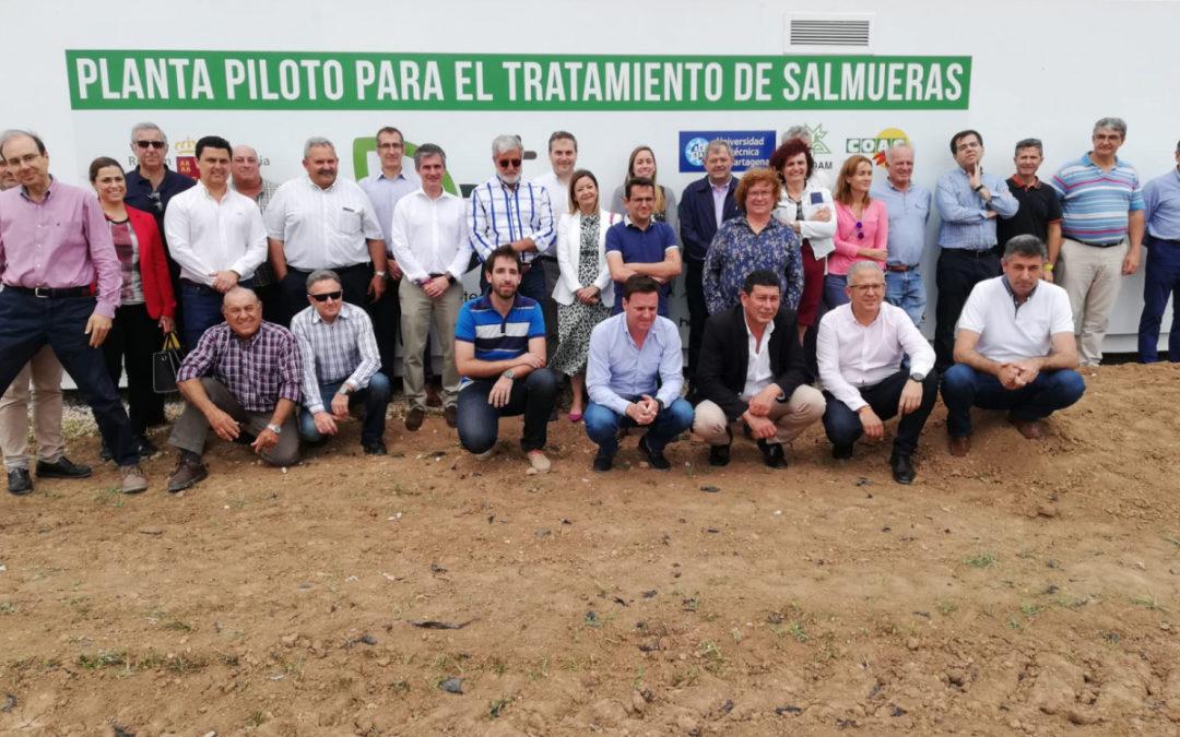 La Cátedra de Agricultura Sostenible presenta los prototipos instalados para el tratamiento de salmueras