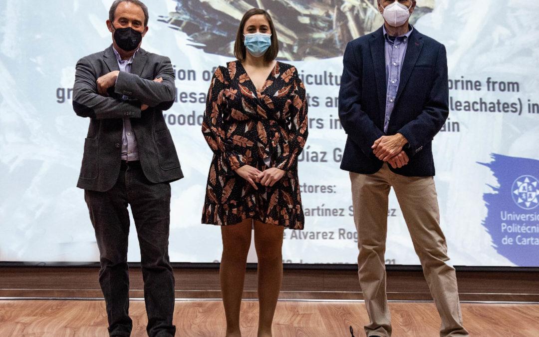La doctora Carolina Díaz García presenta su Tesis sobre desnitrificación de salmueras con biorreactores de madera